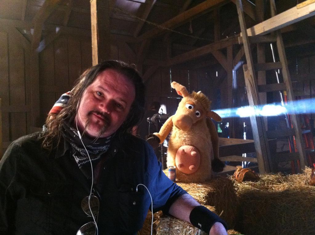 Robert-Sexton_cow-muppet